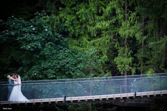 Capilano Suspension Bridge Wedding (Photo by Victor Jean)