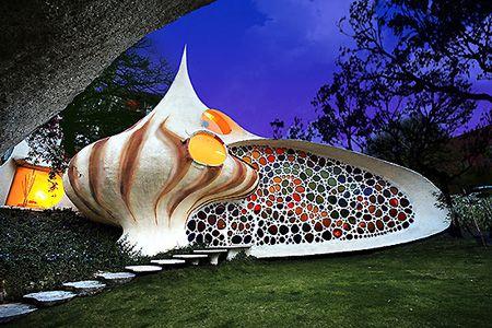 awesome nautilus shell-shaped house