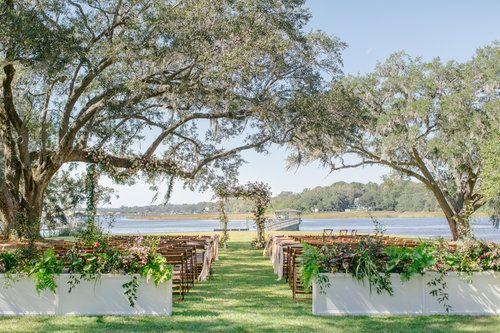 10 Dreamy Wedding Ceremony Locations In Charleston Sc A Lowcountry Wedding Blog Magazine Charleston Savannah Hilton Head Myrtle Beach Myrtle Beach Wedding Wedding Venues Beach Lowcountry Wedding