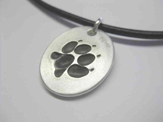 Kettenanhänger Hundepfote / Hundetatze aus massiv Silber