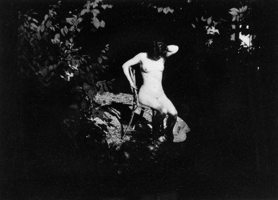 pierre-bonnard-1900-1901-jardin-de-montval-marthe-bonnard-rmn1.jpg (1024×736)