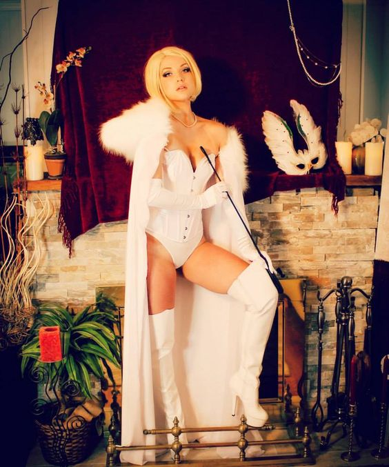 Character: Emma Frost (aka The White Queen) / From: MARVEL Comics 'The Uncanny X-Men' / Cosplayer: Cosplay Butterfly