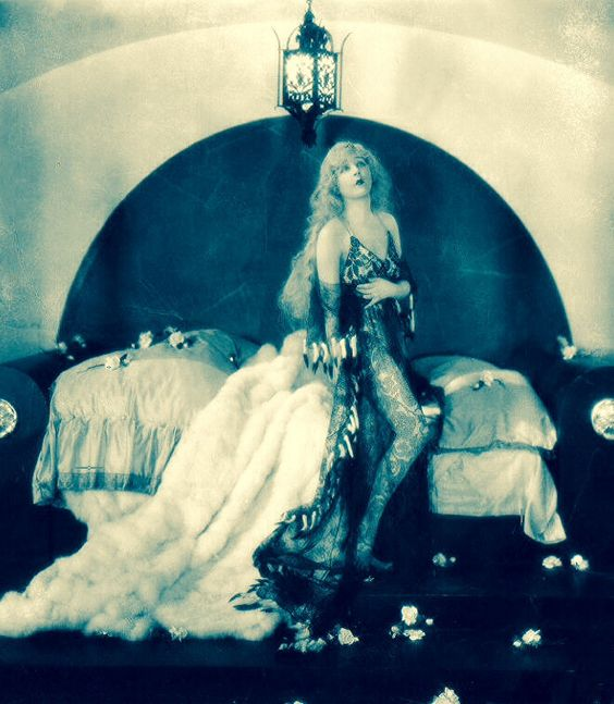'The Merry Widow' (1925) ...