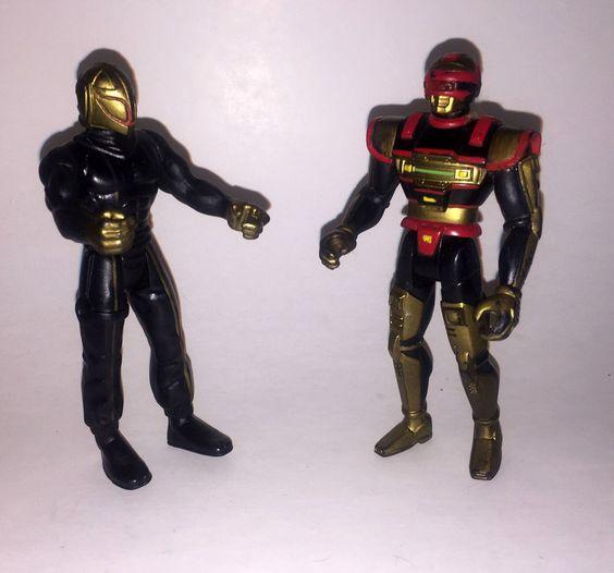 2 VINTAGE Saban's VR Troopers Action Figures REESE & SKUG Kenner 1994