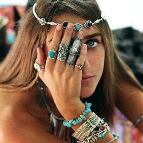 A cor turquesa é a favorita entre as adeptas à moda. (Foto: Pinterest)