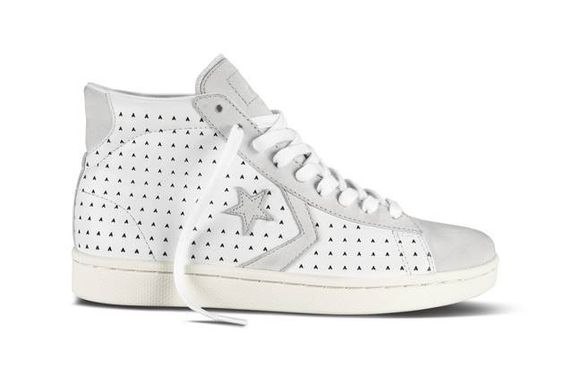 We like these! Ace Hotel X converse. #NDLstyle