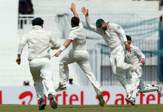 Pattinson (Aus) 5 wickets, is ecstatic after dismissing Sehwag, vs India, 1st Test, Chennai, 2nd day, Feb 23, 2013