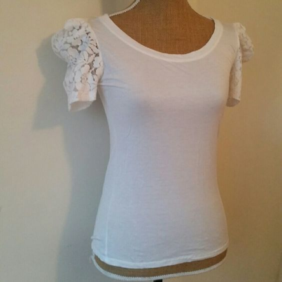 White Lace Sleeve Top Adorable top by One Clothing. Looks great tucked in to a cute printed skirt.   Size small.  95% rayon.  5% spandex one clothing Tops Tees - Short Sleeve