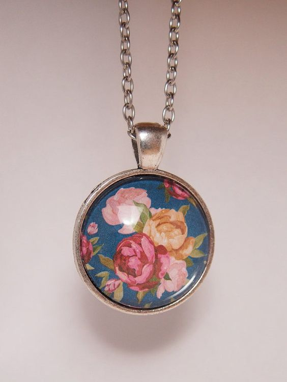 Lovely cabochon necklace antique silver-colored by BunnyTwins