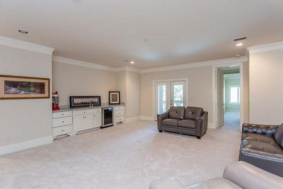 View 32 photos of this $1,599,000, 5 bed, 6.0 bath, 6759 sqft single family home located at 13 Miramar Heights Cir, Sugar Land, TX 77479 built in 2013. MLS # 10865010.