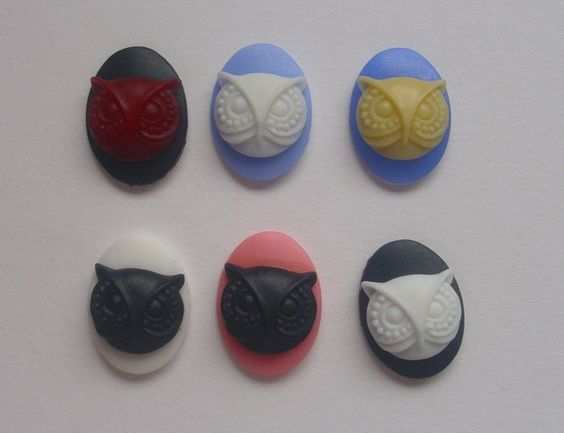 6 resin 18mm x 13mm owl cabochons £1.20