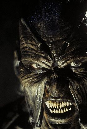 http://lorddraven2000.hubpages.com/hub/Top-15-Horror-Movie-Icons