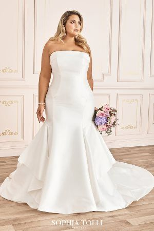Sophia Tolli Spring 2020 Collection Y12026ls Gisele In 2020 Wedding Dresses Sophia Tolli Wedding Dresses Clean Wedding Dress