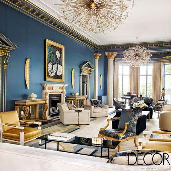Escolha das cores e móveis luxuosos realçam projeto de interiores. Veja mais: