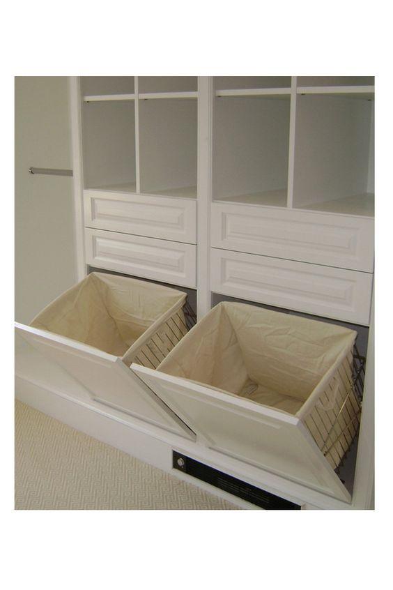 Integrar los cestos de ropa sucia al armario  El clóset perfecto  Pinterest...