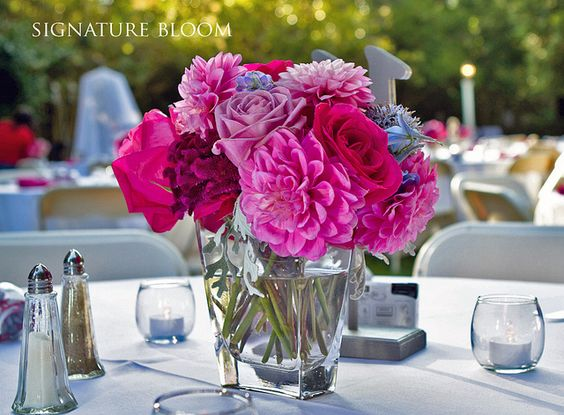 Centerpieces pink centerpieces and wedding centerpieces for Pink and blue flower arrangements