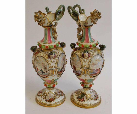 Par de vasos em porcelana Alema Meissen do sec.19th, 32cm de altura, 2,630 USD / 2,380 EUROS / 8,620 REAIS / 17,560 CHINESE YUAN