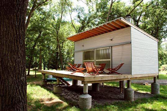 Prefab friday rocio romero 39 s fish camp house design for Fish camp house plans