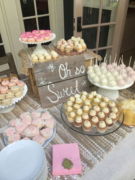 Haylie Duff's Dessert Table at her baby shower...