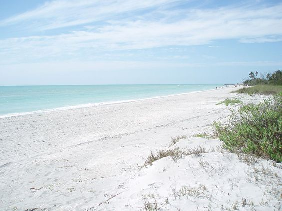 white sandy beaches make you go... ahhhh!