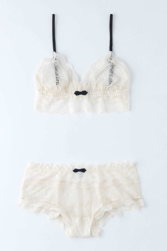 *See through nostalgia. Wish I could wear this little set. Alas, shall I wear…