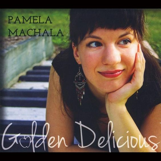 Pamela Machala - Golden Delicious, Ivory
