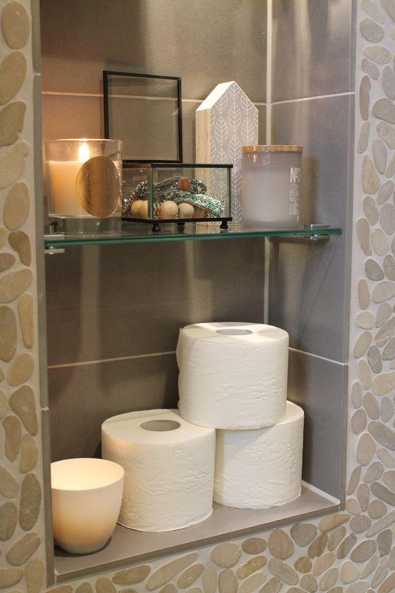 Eigen huis en tuin praxis een mooi hoekje voor al je badkamer spulletjes en decoratie for Decoratie wc