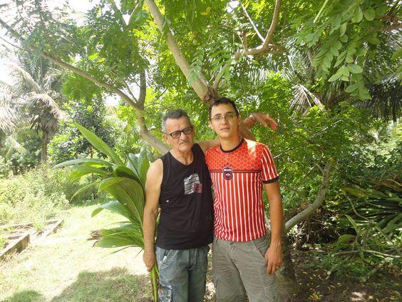 Meu esposo e meu sobrinhos . Marcelo