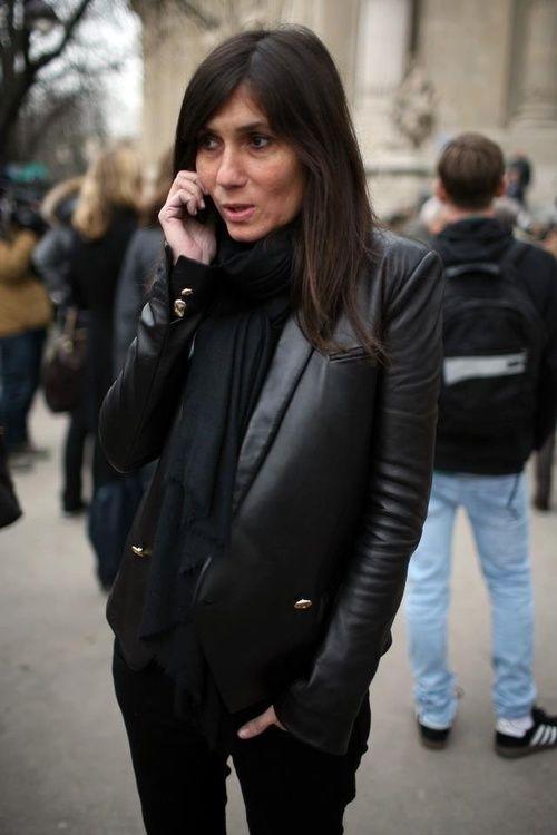 Leather blazer! Emmanuelle Alt | Emmanuelle ALT Capucine SAFYURTLU Ge…