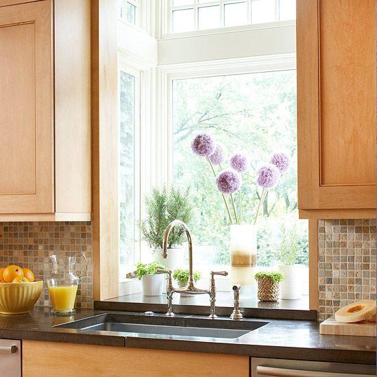 Kitchen Countertop And Backsplash Combinations: Mosaics, Natural Texture And