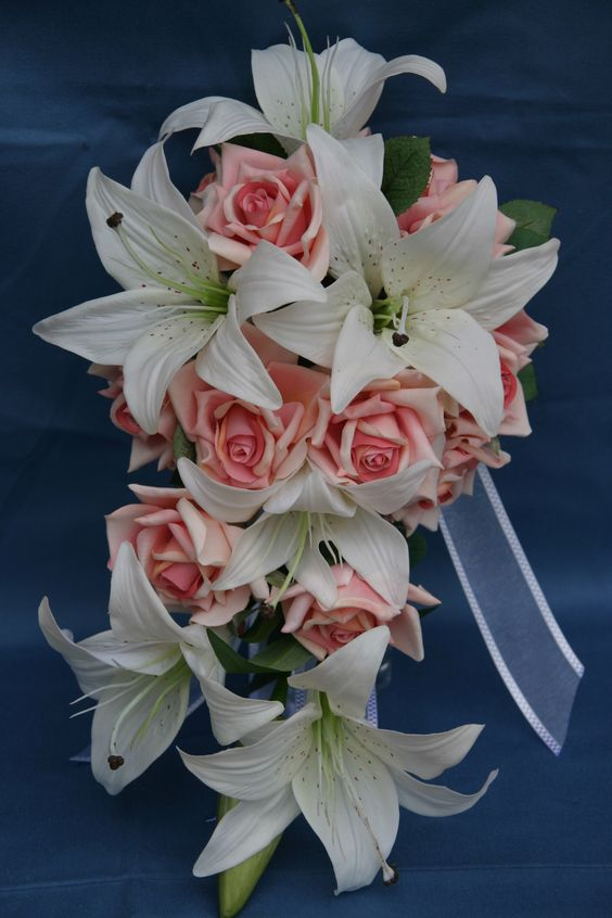 White Tiger Lily and Pink Rose Teardrop Bouquet