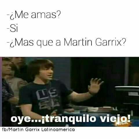 Pin Su Martin Garrix