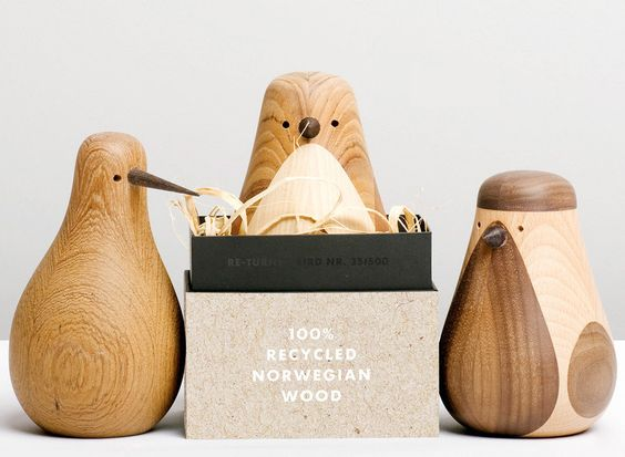 Little birds made from recycled wood. SERIE DE PAJAROS REALIZADOS CON MADERAS RECICLADAS.