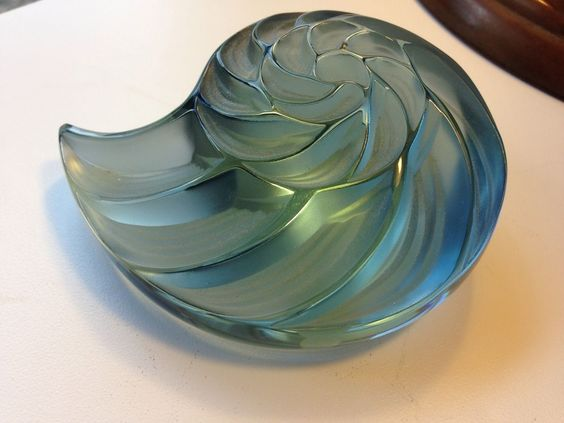 Lalique France Sea Shell Paperweight