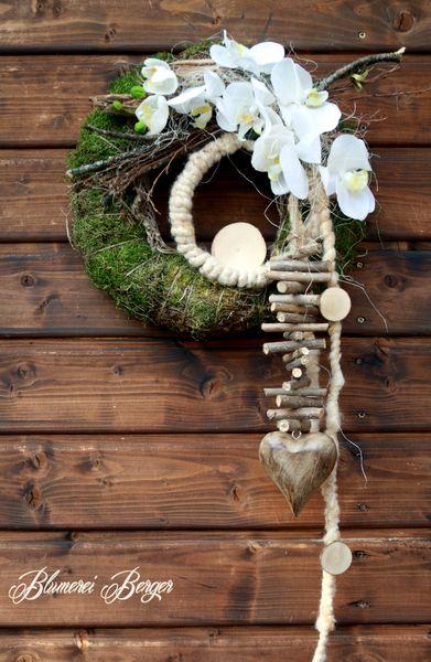 :::: Orchideentürkranz Rustikal :::: von :::::::: Blumerei Berger :::::::: auf DaWanda.com