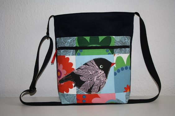 Canvastaschen - Tasche Umhängetasche Cord und Patchwork - ein Designerstück von Naehwittchen bei DaWanda