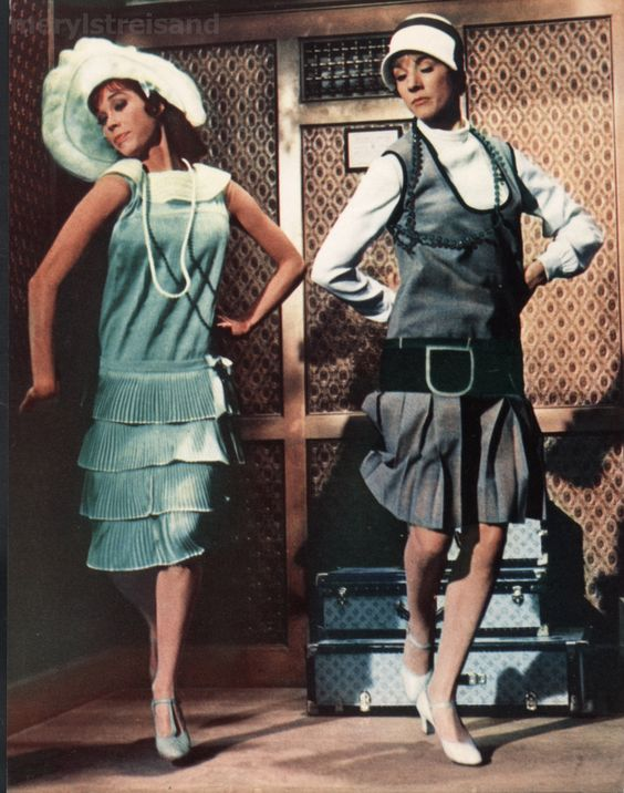 Julie Andrews and Mary Tyler Moore - Thoroughly modern millie - classic!