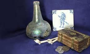 Afbeeldingsresultaat voor antique wine bottles pix mid dutch