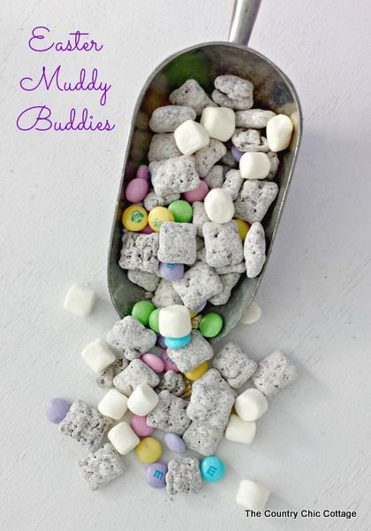 Easter Muddy Buddies -- a super simple recipe to celebrate Easter and spring!