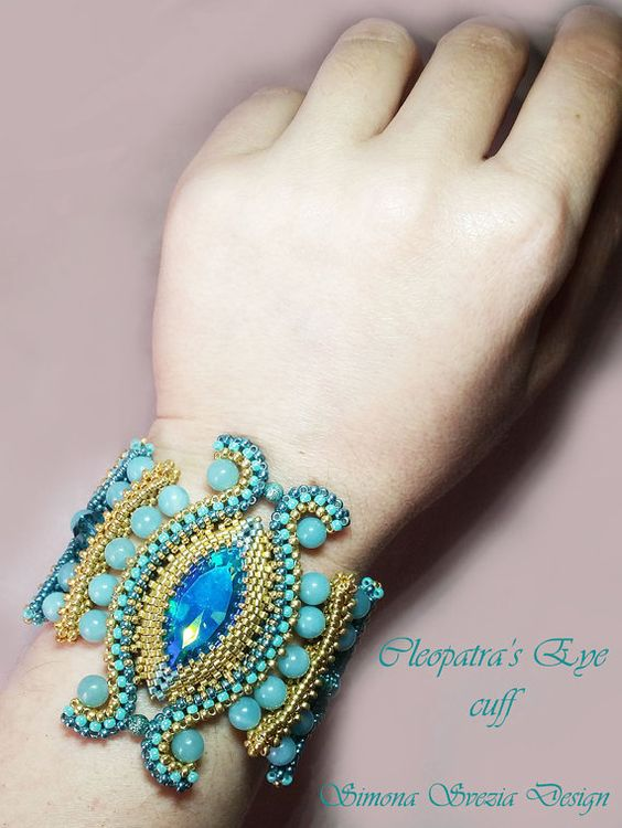 Bracelet/Bracelet Cleopatra's Eye by PerlineeBijoux on Etsy