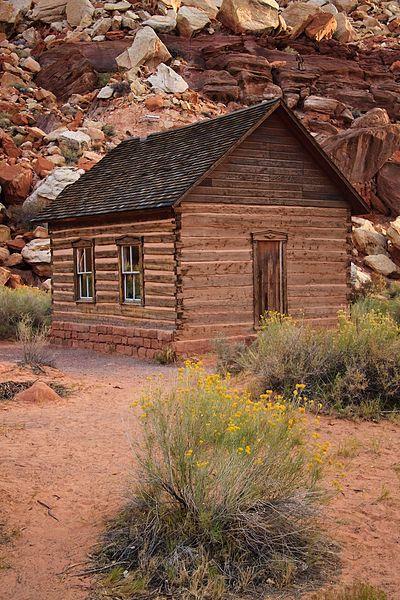 Old Log Cabin In Utah Log Cabins Pinterest Parks
