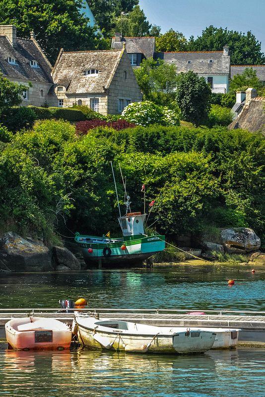 La Bretagne et ses maisons en toits d'ardoises !