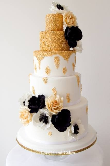 Old Hollywood Gold - by LoveIslandCakes @ CakesDecor.com - cake decorating website