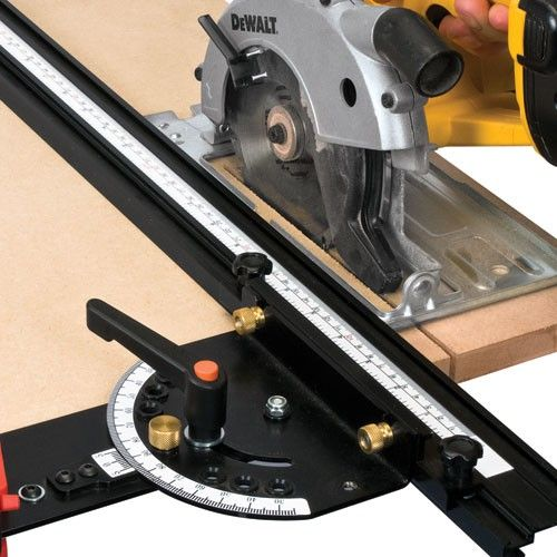 JIGS, TABLES & ACCESSORIES - Guide for circular saw or routers
