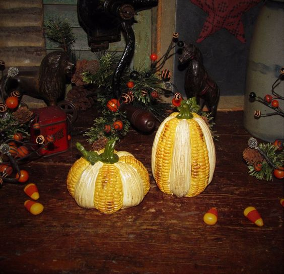 Primitive Vtg Style Autumn French Country Farm Corn Cobb Pumpkin Resin Set / 2