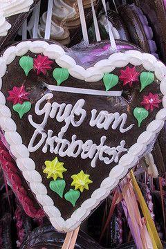 Ein Herz als Mitbringsel ist schön, aber diese Leckereien kann man auch jederzeit zu Hause genießen., Copyright Oktoberfest.de