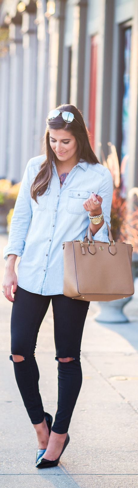 Chambray Shirt / Fashion By A Southern Drawl