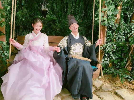 Park Bo Gum and Kim Yoo Jung, Moonlight Drawn By Clouds bts: