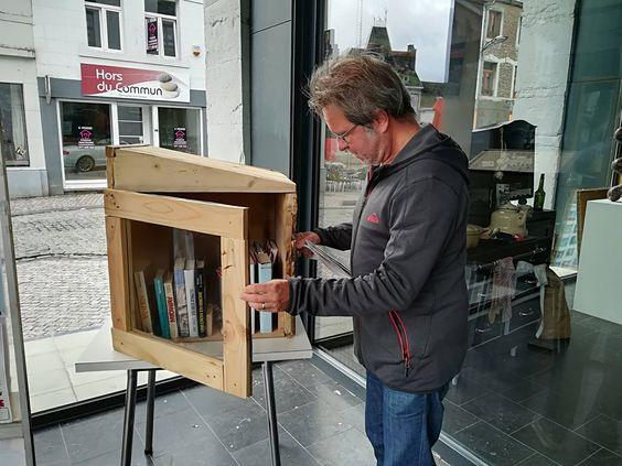boîte à livres Philippeville