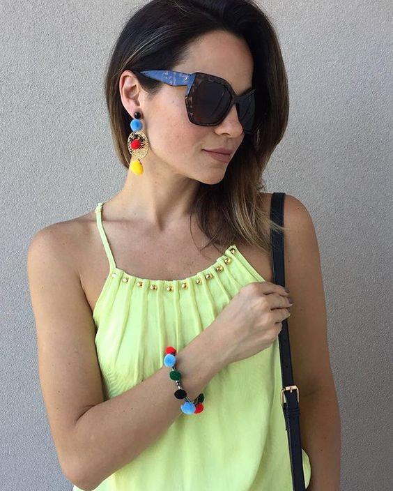 Repost da Lu Taboada do @comqroupaeuvou com nossa regata amarela! Cor ideal para dias mais quentes ✨❤️ #fashion #look #summer #ootd #Sunday #lookdodia #amarelo #verao #color #style